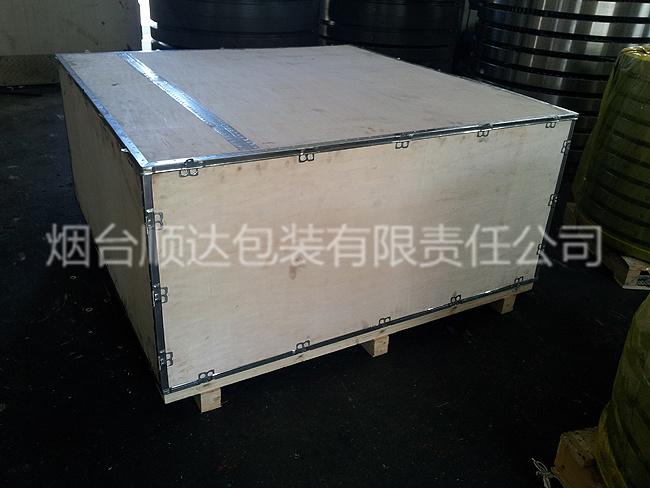 包装案例大型机械配件